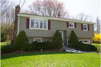 125 Wynwood Drive, New Milford, CT
