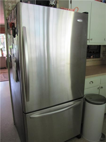 Attractive Stainless Steel Refrigerator
