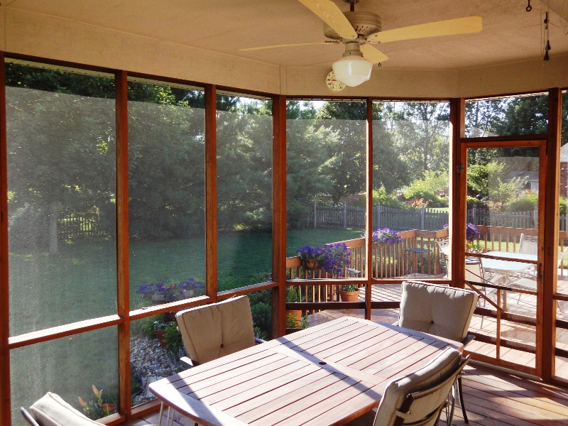 Screened-in Porch with Ceiling Fan