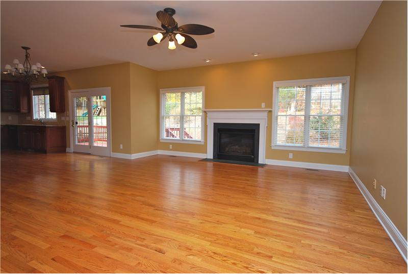 Huge Great Room with gas fireplace