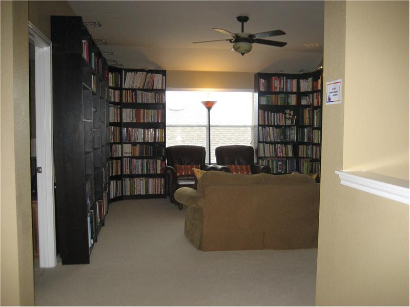 Large Gameroom, 2nd living area upstairs