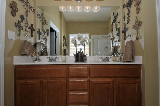 Double Vanity sinks in Master Bath