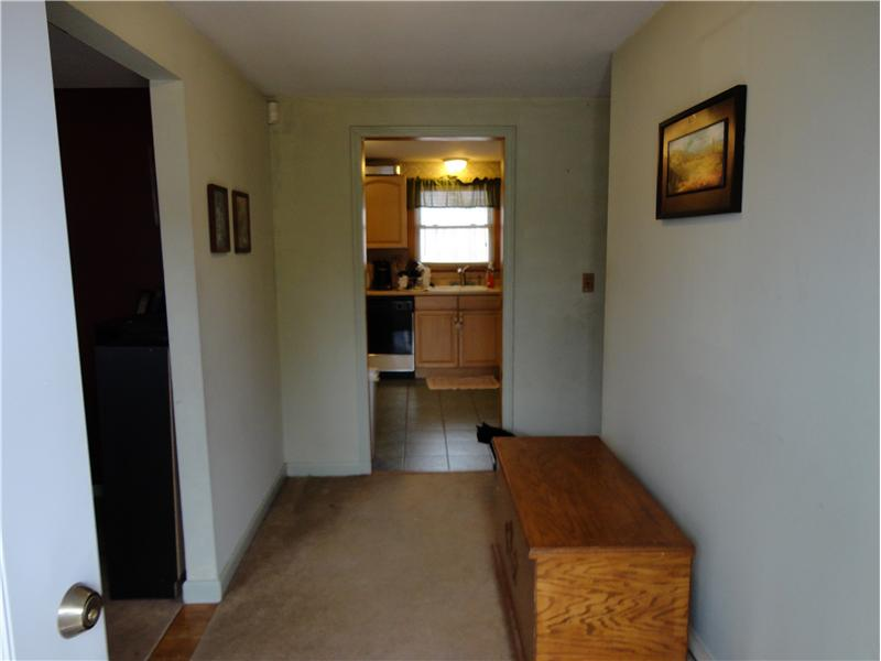 Foyer - Open, practical and comfortable