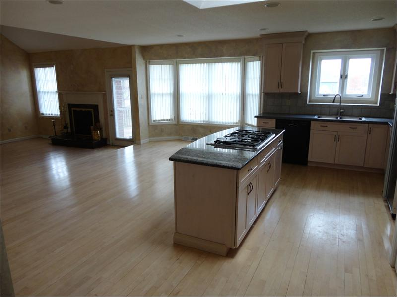 Kitchen - Spacious for eating and entertaining!