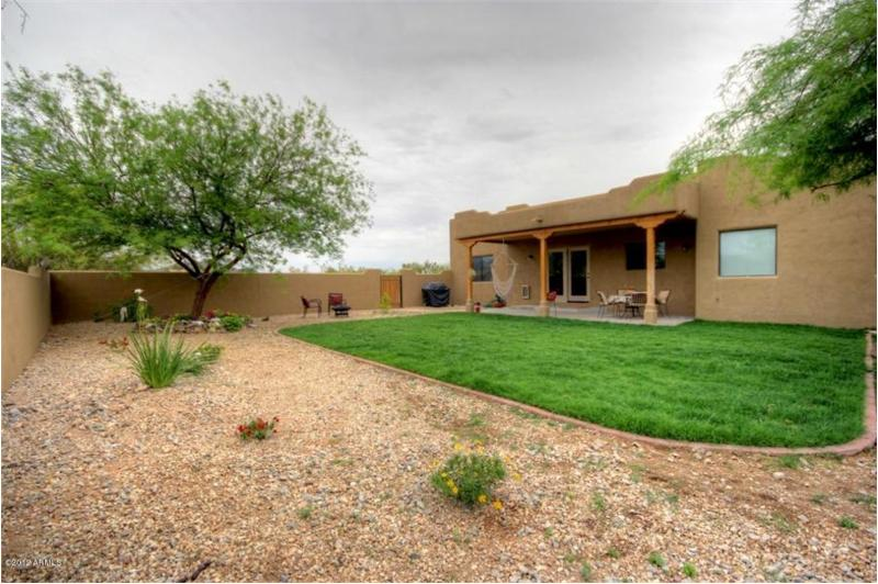 Desert Hills 3 Bedroom Horse Property