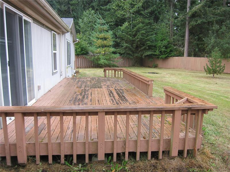 Big Back Deck for Entertaining