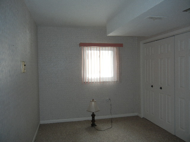 Office/den adjacent to family room
