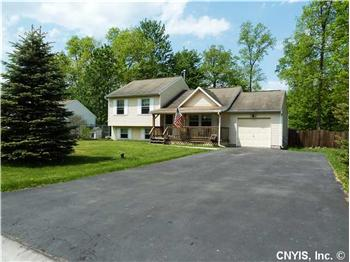  9570 Clarecastle Path, Brewerton, NY