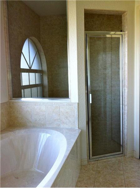 Sunken Tub and Roman Shower