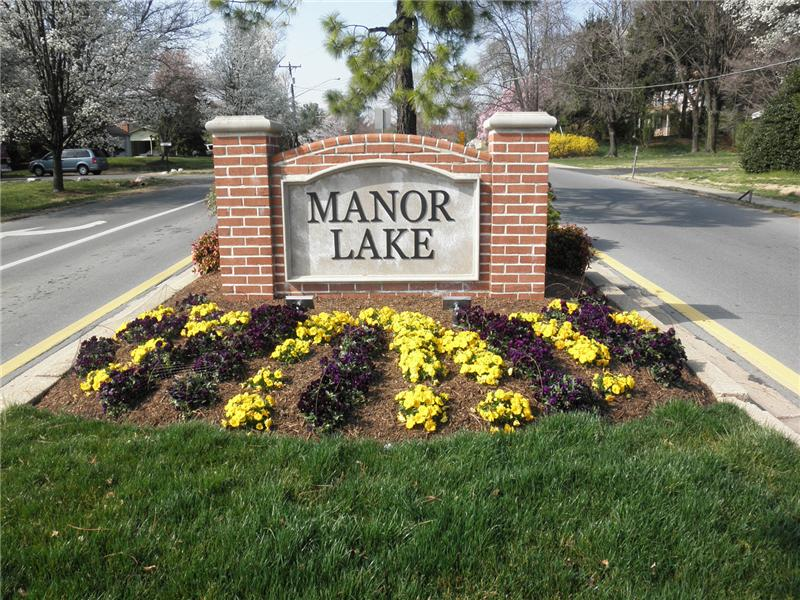 Manor Lake community
