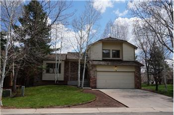  16 Honey Locust, Littleton, CO