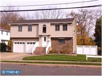  26 Cubberly, Hamilton Sq., NJ