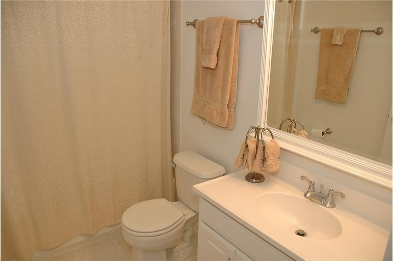 Lower level, full bathroom