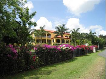 66 River - Caribbean Style Golf Estate