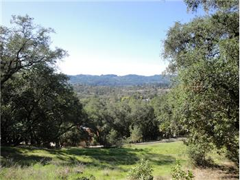  285 Clear Ridge Drive, Healdsburg, CA