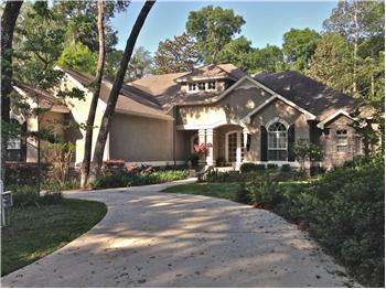 2937 Doctors Lake Drive, Orange Park, FL