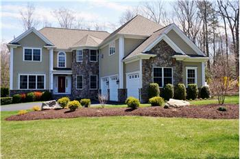  15 Logging Trail Lane, Brookfield, CT