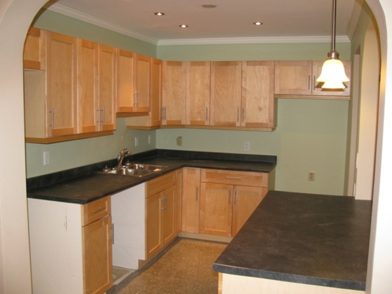 Kitchen with island continued