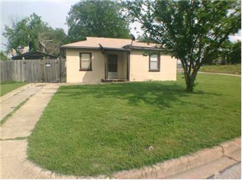 645 REDFORD, WHITE SETTLEMENT, TX