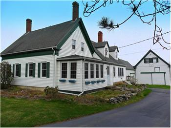  1557 Harpswell Neck Road, Harpswell, ME